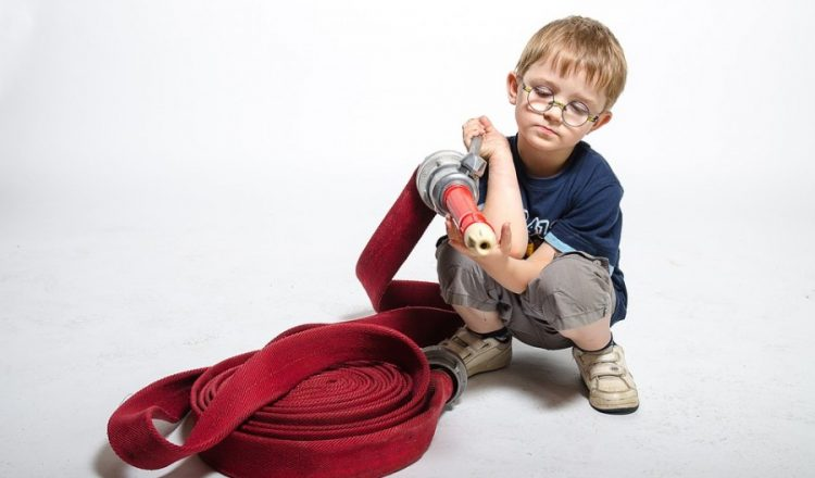 children-playing-2493213_960_720