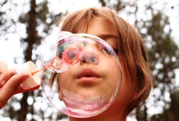blow-bubbles-668950__340