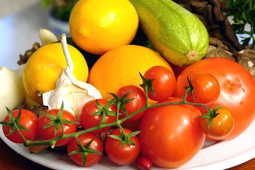 fruits-2412428__340