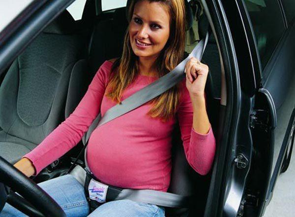 embarazada-al-volante-jpg-1